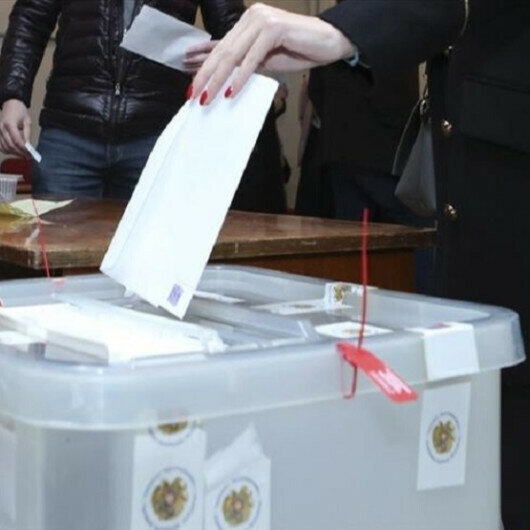 Armenia's leading premier candidates vote in parliamentary elections