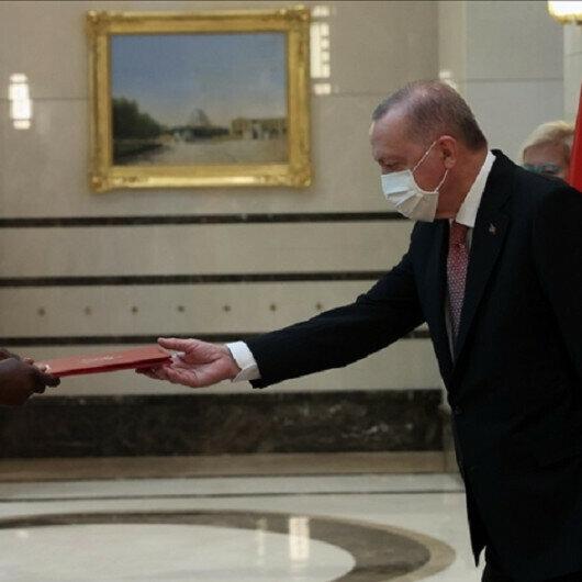 Turkish president receives credentials of three new envoys