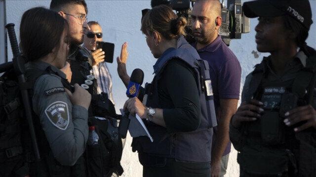 Qatar's Al Jazeera television broadcasts live from Egypt after 8-year hiatus