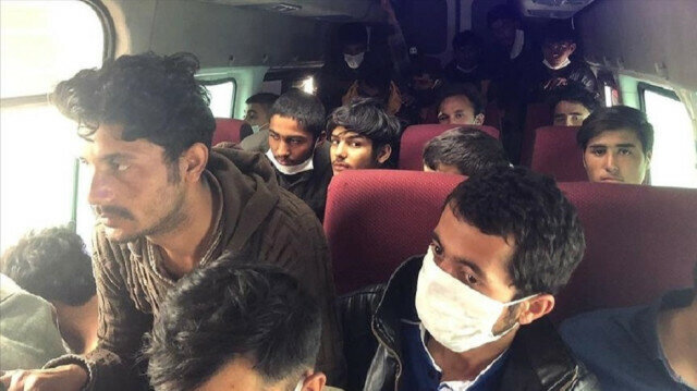 More than 60 irregular migrants held in central Turkey: Sources