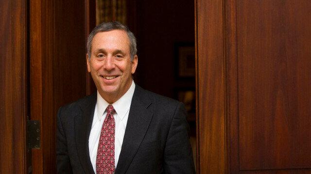 Larry Bacow, President of Harvard University (photo taken from official website of The Harvard Gazette)