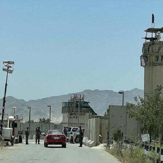 Iran resumes flights to Afghanistan