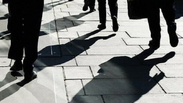 US initial jobless claims increase by 20,000