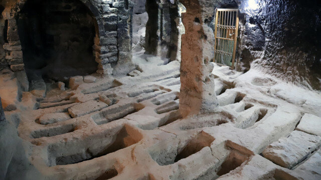 Underground city in central Turkey dazzles visitors with its ancient tombs