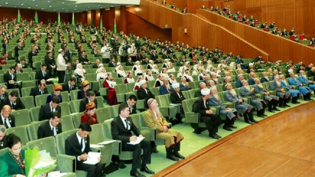 Turkmenistan gathers councils to mark 30th year of independence