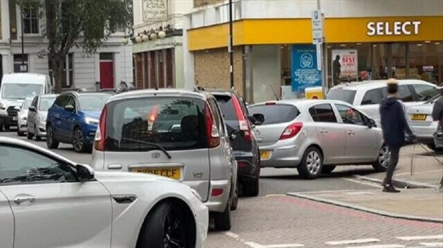 Long queues for petrol in UK as BP closes 'handful' of stations