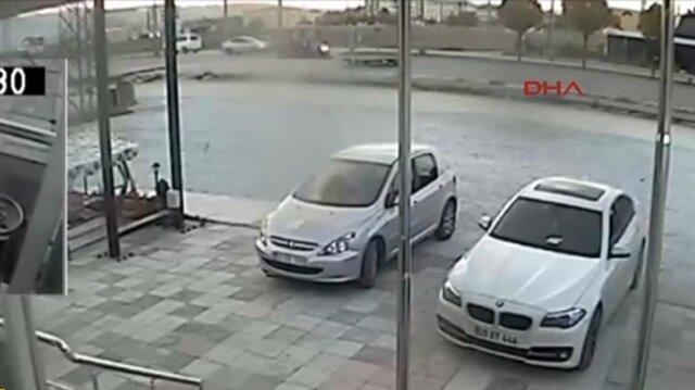 5 takla attı araçtan çıkıp diğer sürücüyü kovaladı