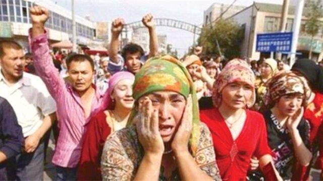 Uygurlara Çin Zulmü Resimleri ile ilgili görsel sonucu