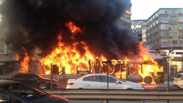 Metrobüsteki patlamadan ilk fotoğraflar