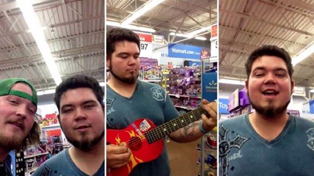 Müzik yapmanın pahalı bir şey olmadığını kanıtlayan genç
