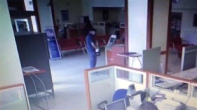 Para dolu poşeti unutan hırsız yakalandı