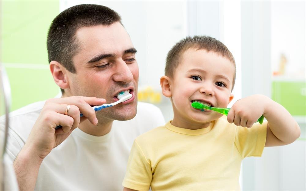 Yemeklerden sonra dişleri fırçalamak çürük nedeni