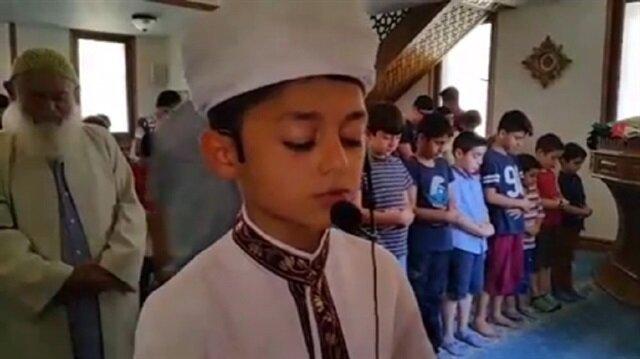 Hayran bırakan çocuk imam