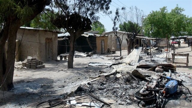 Boko Haram bir köyü katletti