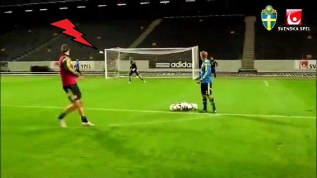 Zlatan'dan jeneriklik gol