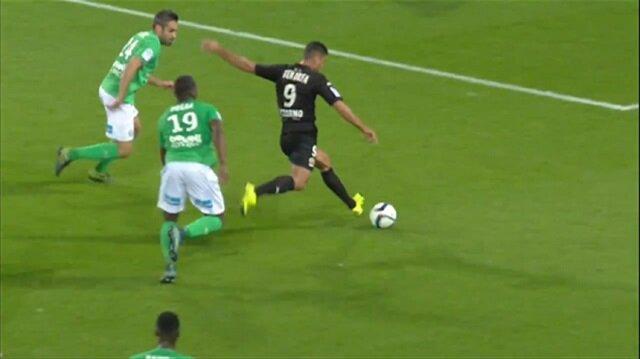 Ben Arfa'dan Messi golü!