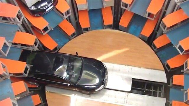 Çindeki katlı otopark şaşırtıyor!