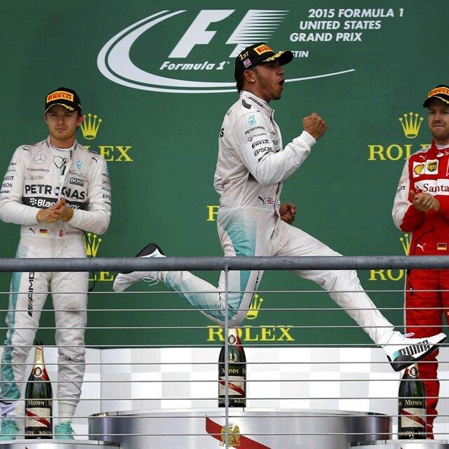 Lewis Hamilton wins third Formula One title
