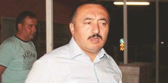 52 kişinin ölümüne  göz yuman  Özcan Şişman, Hatay'da da insani yardım taşıyan MİT  TIR'larının  durdurulmasında  rol almıştı.
