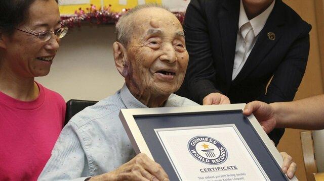 8c44a75be73ba توفي عميد سن الرجال في العالم الياباني ياسوتارو كويده الثلاثاء عن 112 عاما  على ما ذكرت السلطات المحلية.