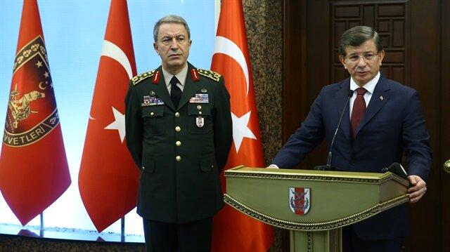 Davutoğlu'ndan YPG destekçisi ülkelere çok sert uyarı