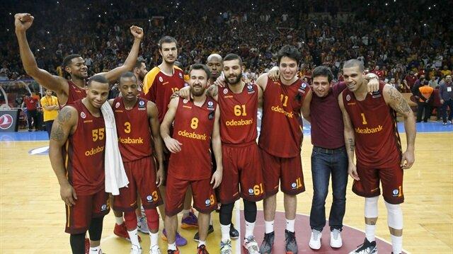 Galatasaray-Canaria maçı kapalı gişe