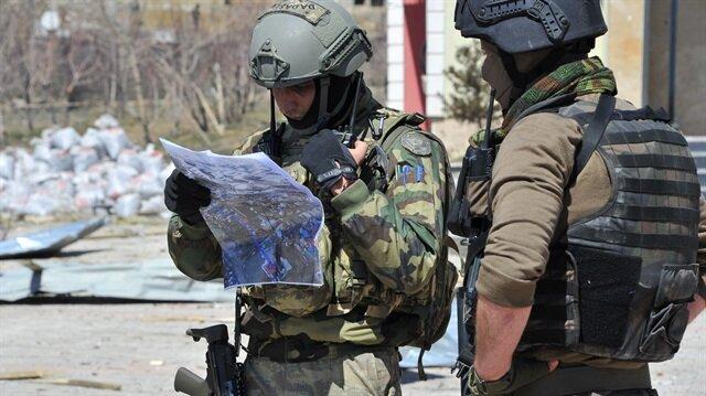 Yüksekova'da stratejik noktalara JÖH ve PÖH'ler gönderildi