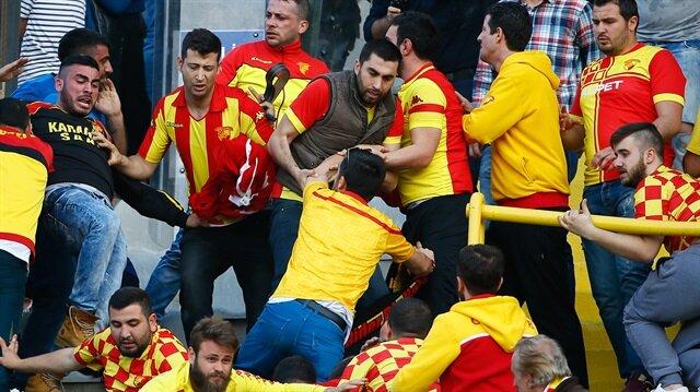 İzmir derbisinde 12 gözaltı