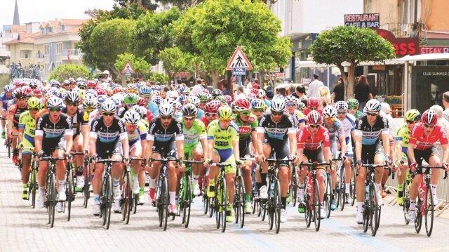 52. Cumhurbaşkanlığı Bisiklet Turu bugün İstanbul-İstanbul etabıyla start aldı.
