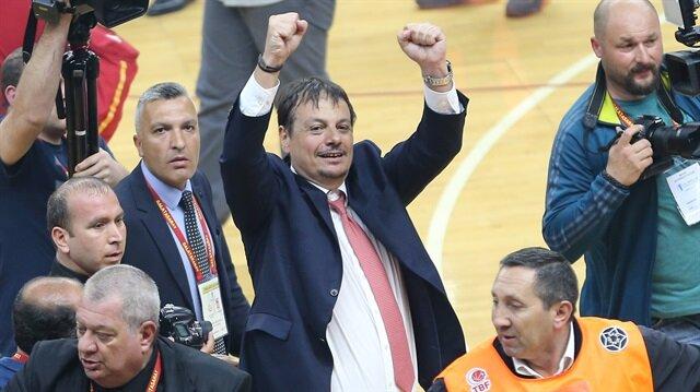 Galatasaray Odeabank, Eurocup finalinde Strasbourg'u yenerek Avrupa şampiyonu oldu. Eurocup'ı müzesine götüren Galatasaray, erkekler basketboldaki ilk Avrupa şampiyonluğuna ulaşarak tarihe geçti.