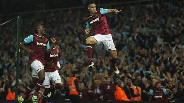 Winston Reid'in üçüncü gol sevinci!