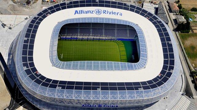 Euro 2016 için hazırlanan stadyumlar büyük ilgi görüyor...