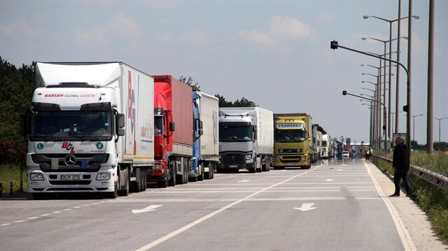 Turkey imposes visa requirements on Russian truck drivers