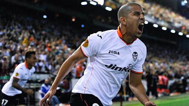 Bilic'in ilk transferi Feghouli oluyor