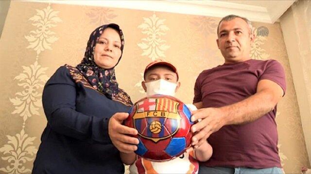 İlik nakli olan Ziya'ya Arda Turan'dan destek