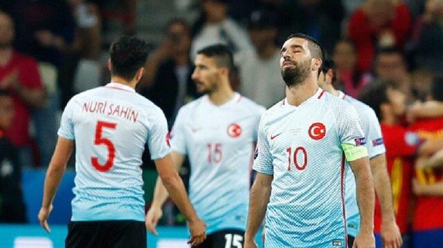 Eleştirilen Arda Turan'ın milli takım performansı
