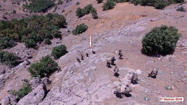 Lice'de silahlı 6 PKK'lı yakalandı