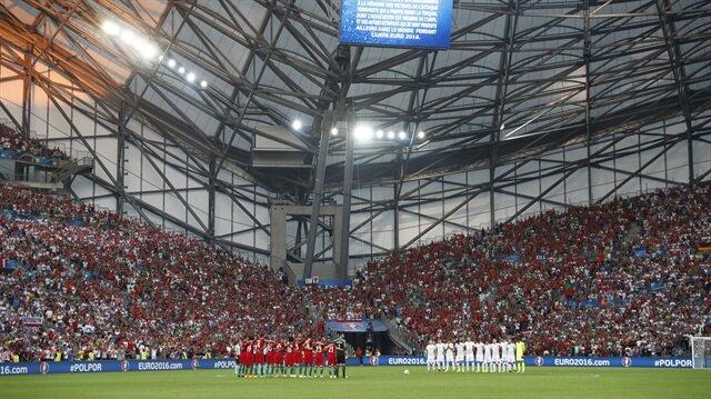 Polonya-Portekiz maçında 'terör' protestosu