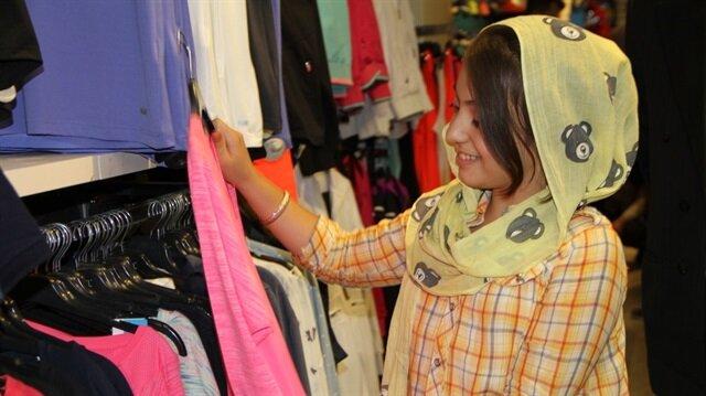İranlı turistler Van ekonomisini canlandırdı.