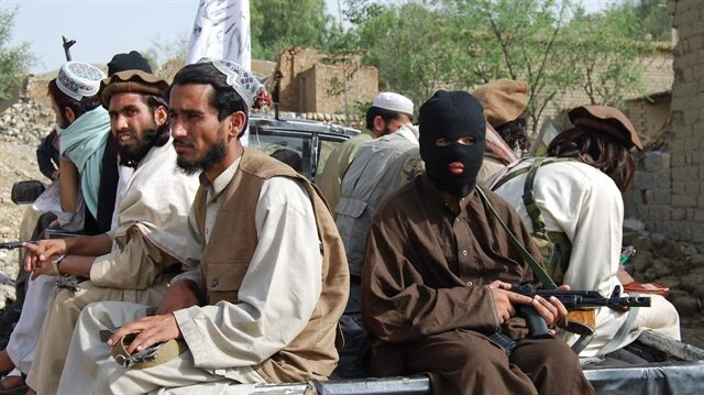 16 Taliban üyesi teslim oldu