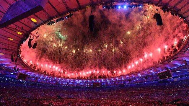 Maracana Stadı'nda gerçekleştirilen törenle, 31. Yaz Olimpiyat Oyunları'nın resmi başlangıcı yapıldı.
