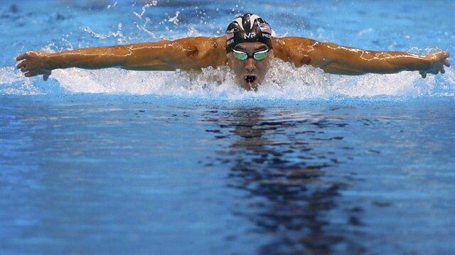 Phelps rekora doymuyor