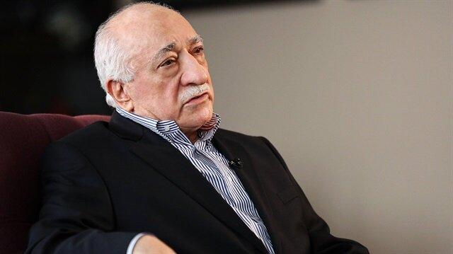Akıncılar Fetullah Gülen'in 'inine' girdi!