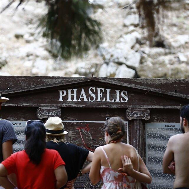 Tarihle doğanın bütünleştiği kent: Phaselis