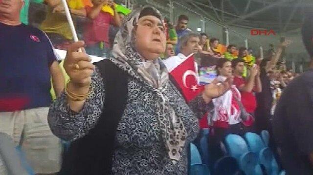 Milli güreşçi oğlunu Rio 2016 finalinde böyle destekledi