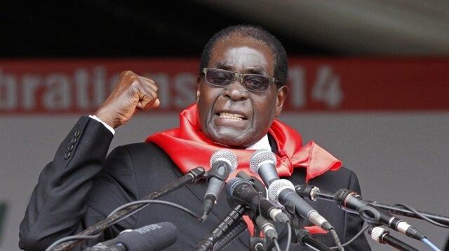 Zimbabve Devlet Başkanı Robert Mugabe, ülkeye madalyasız dönen Olimpiyat ekibini tutuklattı. (Haber:De Marke)
