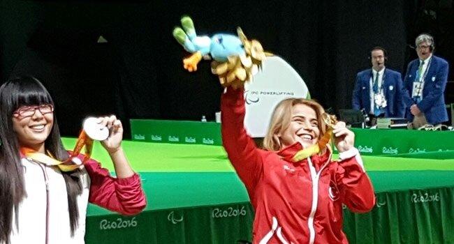 Nazmiye Muratlı, 2016 Rio Paralimpik Oyunları'nda 104 kilo ile dünya rekoru kırarak altın madalya kazandı.