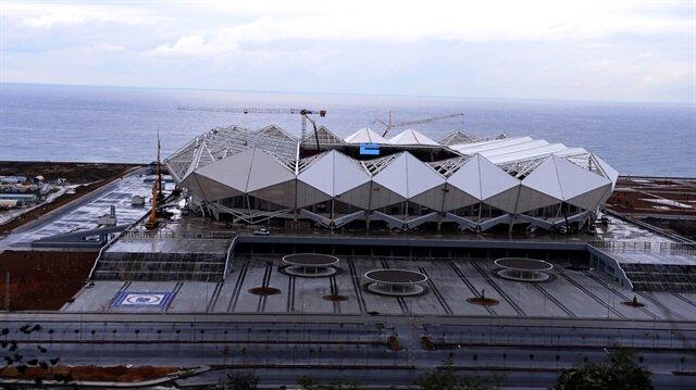 Trabzonspor'un yeni stadyumu Akyazı Arena'nın inşaatının bu ay sonunda tamamlanması bekleniyor.