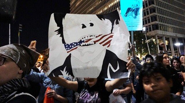 California'da Trump karşıtı gösteriler sürüyor