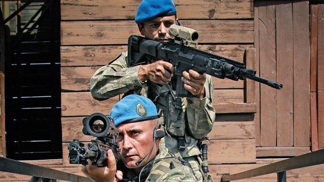 Mehmetçik'in yeni tüfeği dakikada 700 mermi atıyor.